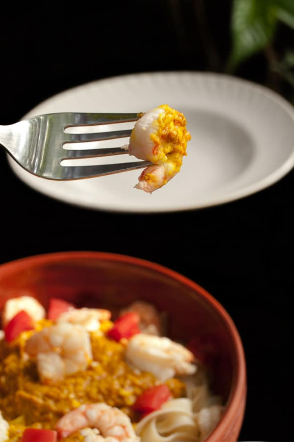 Indian Style Pasta with Prawns and Spicy Yogurt Lemon Sauce  #stepbystep #recipe masalaherb.com