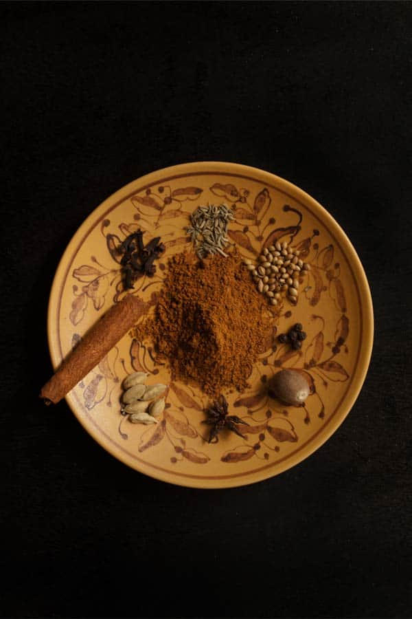 Lebkuchen Spice Mixture - Gingerbread Masala #stepbystep #recipe masalaherb.com