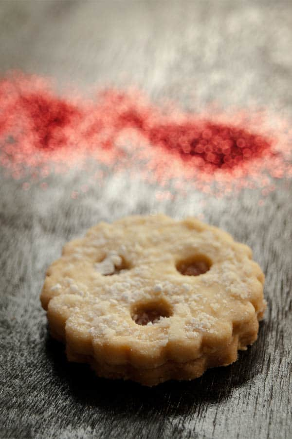 The Austrian Linzer Augen cookies - pate sablée sweet short crust pastry  #stepbystep #recipe masalaherb.com