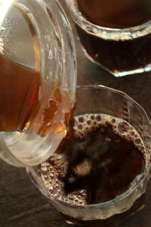Tyrolean Jagatee - Hot spiced Black tea with Wine Schnapps & Rum #drink #recipe masalaherb.com
